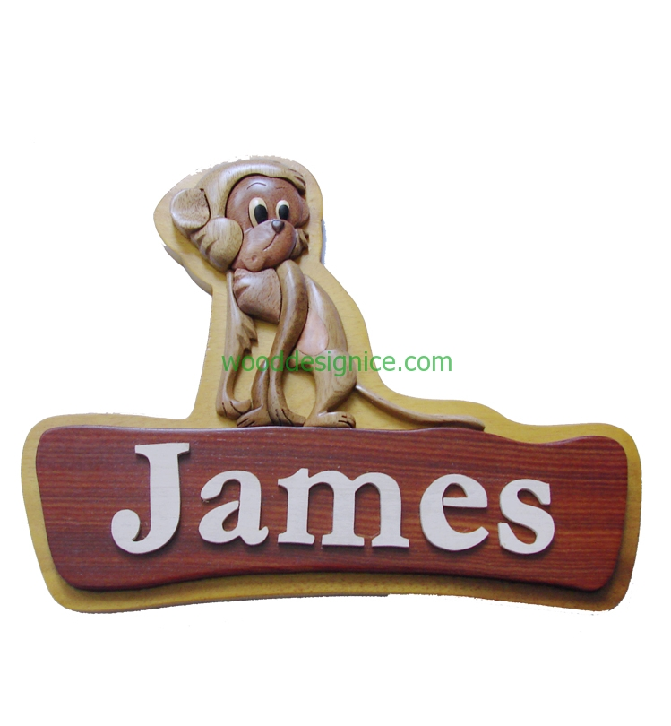 WOODEN ART NAMELATES NAM005